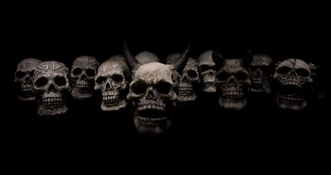kiumbas, espíritos zombeteiros e trevosos - plantei jilo nasceu quiabo - Kiumbas, Espíritos Zombeteiros e Trevosos